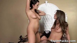 Bedroom Fun With Tori Black & Taylor Vixen