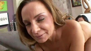 rebecca bardoux milf seducing daughter