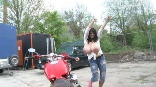 Milena Velba Bike wash - Erotic sex video
