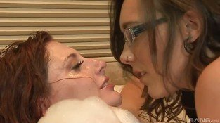Pretty brunettes Ashlyn Molloy and Sinn Sage
