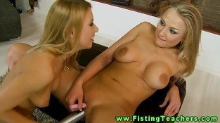 Blonde lesbo hottie fucked with huge bat