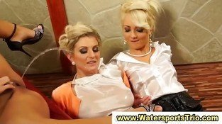 Watersports lesbian piss orgy